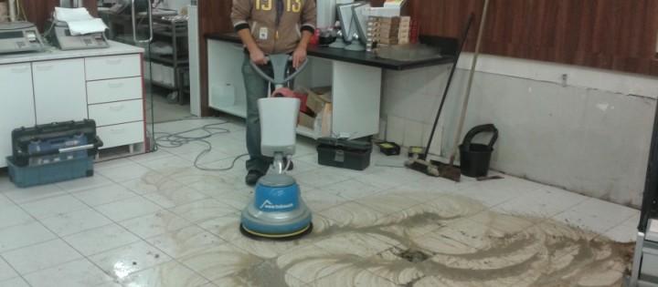 Generální čištění podlah České Budějovice