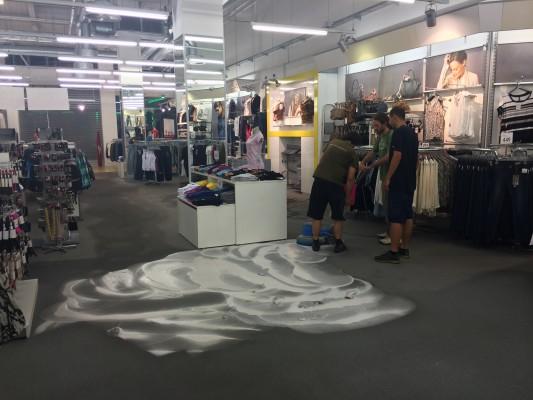 Čištění koberců v obchodních jednotkách Brno