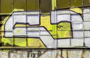 žluté graffiti